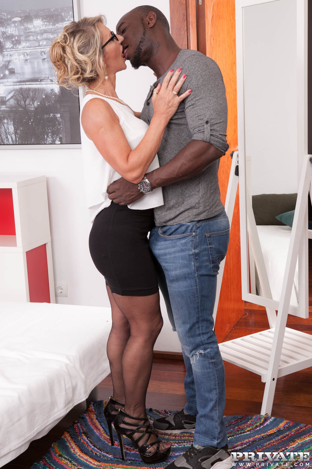 Hot porn gallery of Private Brings you MILF Marina in her