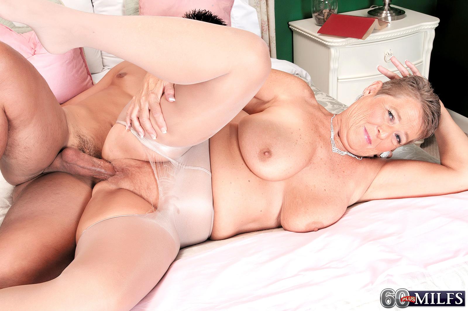 Joanne Price порноактриса